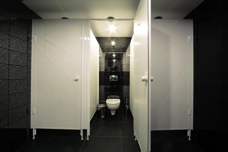 kabiny-wc-dla-szkoly