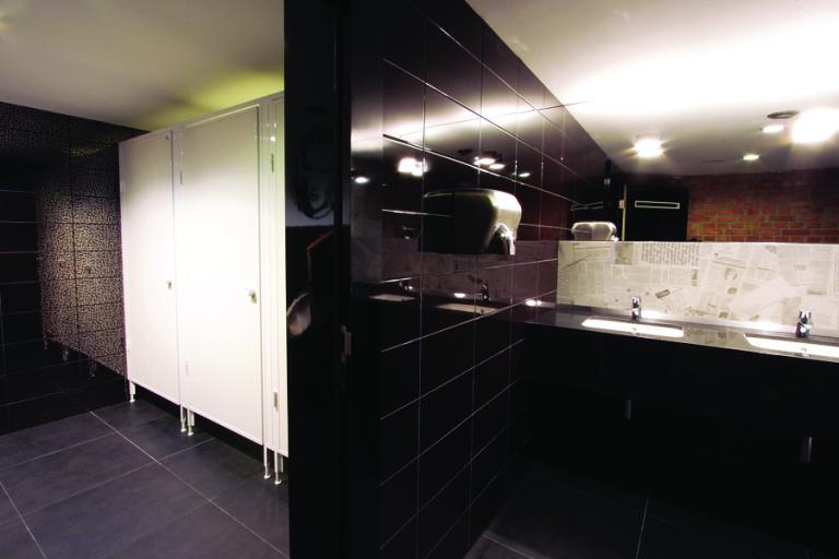 szkolne-kabiny-sanitarne