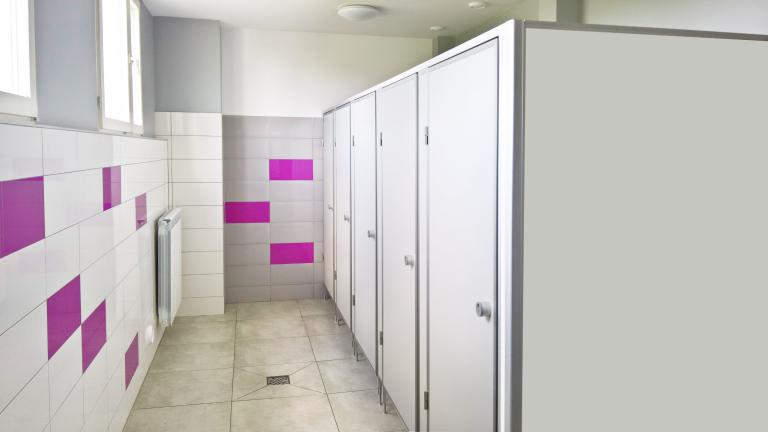 kabiny-sanitarne-dla-szkol